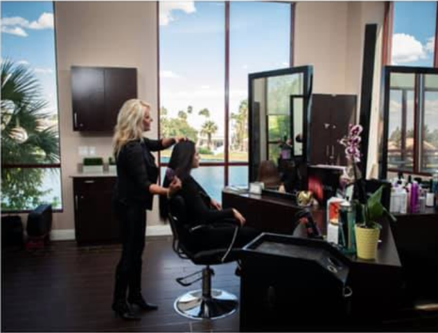 Interior image of Suzanne at The Salon at Lakeside styling hair