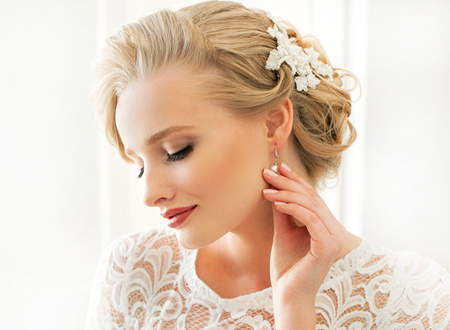 Las Vegas Hair and Airbrush Makeup Experts in the Desert Shorts Area of Summerlin