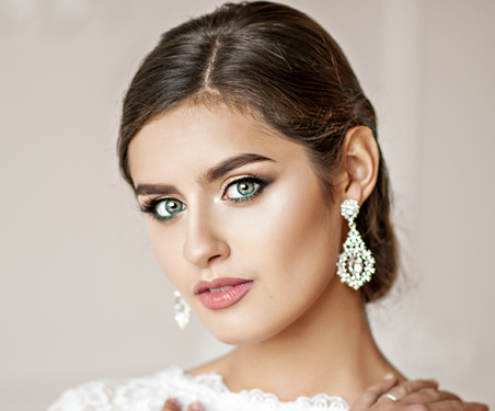 Best Bridal Salon in Las Vegas Offering Wedding Day Brow Tint Packages